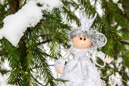 coldly: The angel on the Christmas tree
