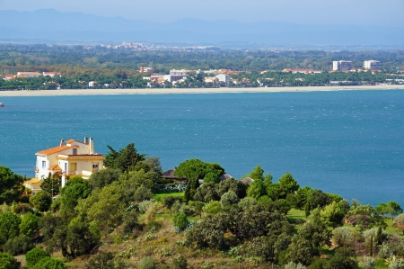 sur: Mediterranean coast in south of Roussillon with the seaside town of Argeles sur Mer in background, Vermilion coast, France Stock Photo
