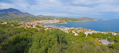 vermilion coast: Panorama over Mediterranean town of Banyuls sur Mer, Vermilion coast, Pyrenees Orientales, Roussillon, France