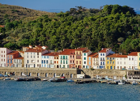 port vendres: Colorful waterfront houses in the harbor of Port-Vendres, Roussillon, Pyrenees Orientales, Vermilion coast, France