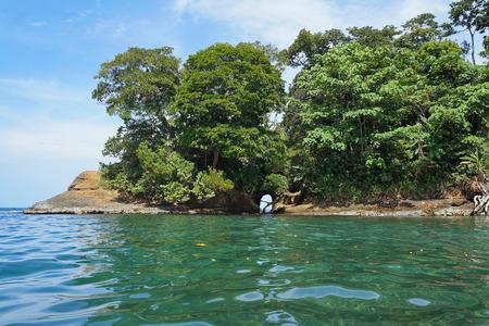 uva: Natural cave in the rock on the Caribbean coast of Costa Rica, Punta uva, Puerto Viejo