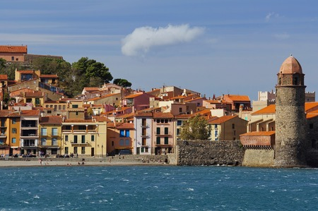 vermilion coast: Old village of Collioure in French Mediterranean coast, Pyrenees Orientales, Languedoc Roussillon