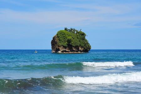 unspoilt: Small rocky island on the Caribbean coast of Costa Rica, Cocles, Puerto Viejo de Talamanca, Central America