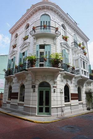 casa colonial: Casa colonial española en el Casco Antiguo, el distrito histórico de la Ciudad de Panamá, Panamá, América Central