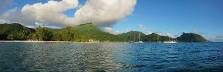 fare: Panorama of Huahine island near the beach of Fare village, South Pacific ocean, French Polynesia