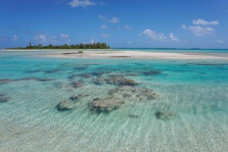 french polynesia: Shallow channel (hoa) between islets that link the inner lagoon to the ocean, atoll of Tikehau, Tuamotu archipelago, French Polynesia, Pacific ocean