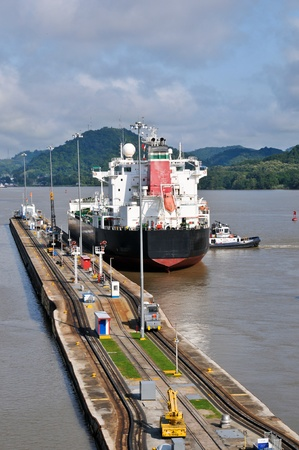 canal lock: Ship passed through the Panama Channel canal lock Editorial