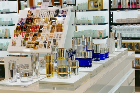 19 years: VILNIUS, LITHUANIA - DECEMBER 19, 2015: Xmas La Prairie luxury anti-aging products in Panorama market. Life of the brand began over 60 years ago in 1931 Editorial