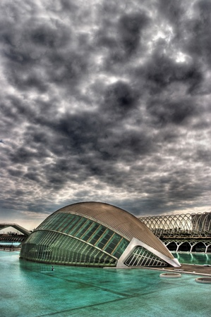 City of Arts and Sciences, we can see the  LHemisf�ric.