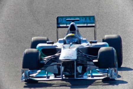 jerez: JEREZ DE LA FRONTERA, SPAIN - FEB 10: Nico Rosberg of Mercedes F1 races on training session on February 10 , 2011, in Jerez de la Frontera , Spain
