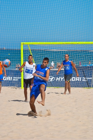 CADIZ, SPAIN -  JUL 22:  Unknown players of unknown team playing the Spanish Championship of Beach Soccer on Jul 22, 2006 on the beach of La Victoria in Cadiz, Spain