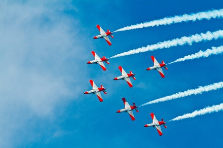 CADIZ, SPAIN-SEP 9: Aircrafts of the Patrulla Aguila taking part in a test on the 4th airshow of Cadiz on Sep 9, 2011, in Cadiz, Spain Stock Photo - 11128743