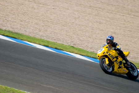 JEREZ DE LA FRONTERA, SPAIN - SEP 03: Pilot of motorcycling of Formula Extreme in the Spanish championship of velocity (CEV) on Sep 03, 2005, in racetrack of velocity of Jerez de la Frontera