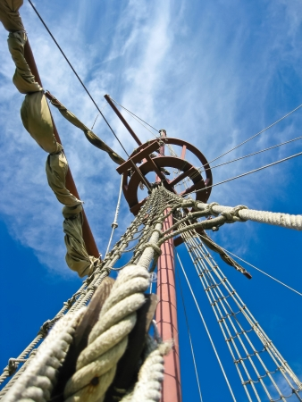 Mainmast of a Spanish galleon, with his scales and sails Stock Photo - 14574450