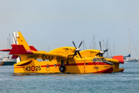 CADIZ, SPAIN-SEP 13: Seaplane Canadair CL-215 taking part in an exhibition on the 2nd airshow of Cadiz on Sep 13, 2009, in Cadiz, Spain