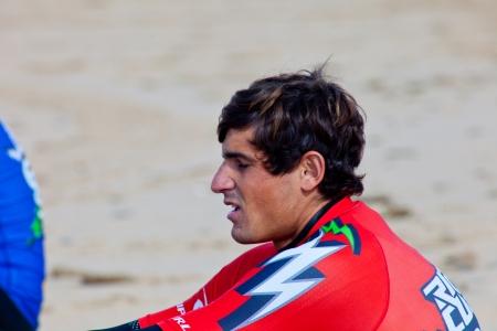 bodyboard: SAN FERNANDO, CADIZ, SPAIN - FEB 19: Unidentified bodyboader preparing to the competition on the 2nd championship of Surf and BodyBoard Impoxibol on Feb 19,2011 on the beach of San Fernando, Cadiz, Spain