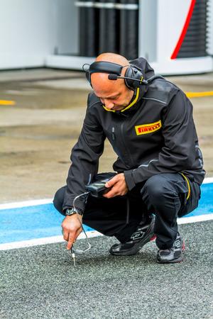 jerez de la frontera: JEREZ DE LA FRONTERA, SPAIN - FEB 03: Pirelli engineer on pits on training session on February 03, 2015 in Jerez de la Frontera , Spain
