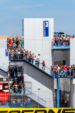 jerez de la frontera: JEREZ DE LA FRONTERA, SPAIN - OCTOBER 16,2016 : Lots of people seeing the World Superbike race on the racetrack of Jerez de la Frontera