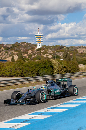 jerez de la frontera: JEREZ DE LA FRONTERA, SPAIN - FEB 04:  Lewis Hamilton of Mercedes AMG Petronas F1 races  on training session on February 04 , 2015, in Jerez de la Frontera , Spain