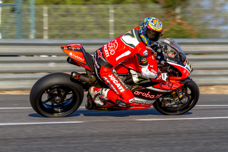 motobike: JEREZ DE LA FRONTERA, SPAIN - OCT 16: Ducati Panigale R of Aruba.it Racing-Ducati SBK Team, driven by Chaz Davies in action during the Superbike Warm Up on October 16, 2016 in Jerez de la Frontera, Spain