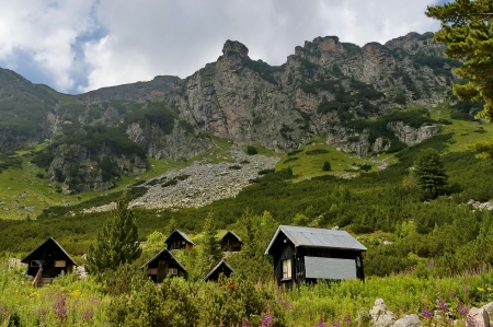 Maliovitza peak and the rest-house Maliovitza in Rila mountain, Bulgaria   photo