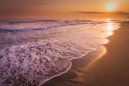 Sunrise at sea on the coast of Crete island, Greece, Europe. 免版税图像