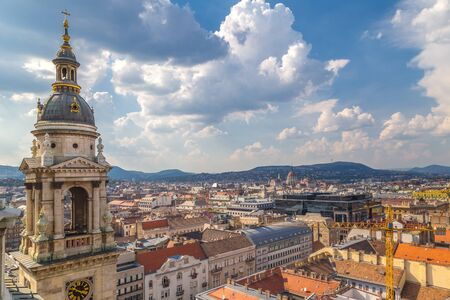 Panoramic view of historic buildings and streets from St. Stephens Basilica in Budapest,  Hungary, Europe. Stockfoto