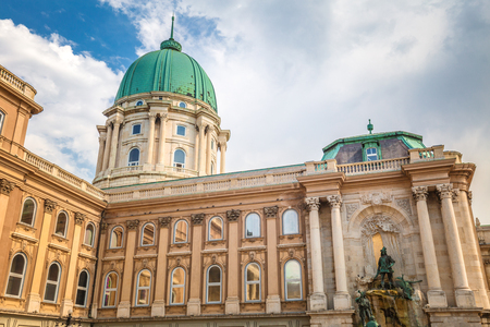 The Buda Castle with the Matthias Fountain in Budapest, Hungary, Europe. Redactioneel
