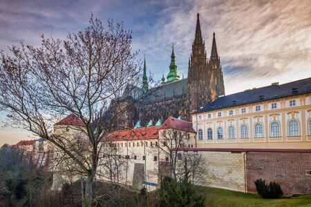 St. Vitus Cathedral with the Prague Castle, Czech Republic, Europe. Stockfoto