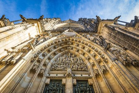 Main portal of St. Vitus Cathedral in Prague, Czech Republic, Europe. Stockfoto
