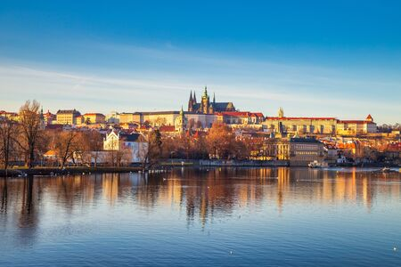 Prague Castle above Vltava river at sunset, Czech Republic, Europe. Stockfoto