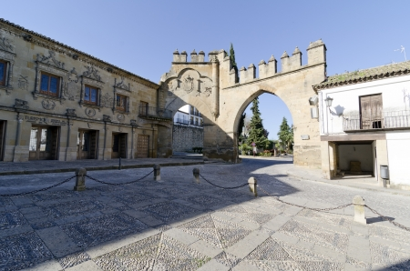 Puerta de Jaen, built in 1521, and Arco de Villalar (left hand side) in the Plaza de Populo (also called Plaza los Leones), Baeza, Jaen Province, Andalusia, Spain, Western Europe.