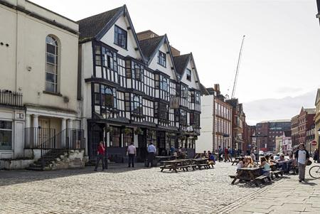 seventeenth: BRISTOL, UNITED KINGDOM - JUNE 3,2014: The seventeenth century Llandoger Trow in Bristol, England. It is the Admiral Benbow in Treasure Island by Stevenson, whose popularity has recently soared