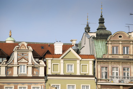 row of houses: Renovated Merchants Row houses in the Old Market Square in Poznan, Poland