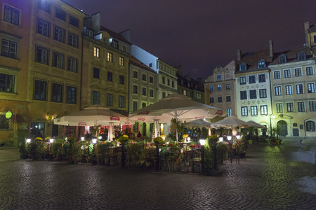 old town square: Warsaw, Poland - October 20, 2014: The beautiful old town square of Warsaw by night.