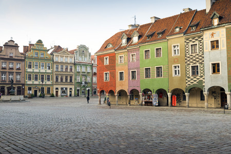 rowhouses: Picturesque rowhouses on the Old Market Square in Poznan, Poland