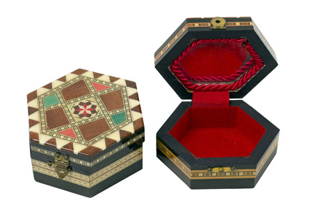 marqueteria: Dos Cajas hexagonal de madera con adornos de marquetería. Se utilizan como cajas de joyas