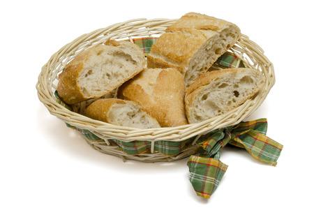canasta de pan: cesta de pan en el fondo blanco Foto de archivo
