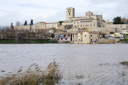 zamora: Panoramic Zamora with the Romanesque cathedral and the river Duero, Spain Stock Photo
