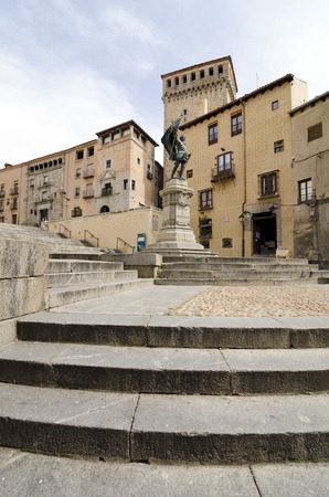 bravo: Monument to Juan Bravo (1483 1521) was a leader of the rebel Comuneros in the Castilian War of the Communities. Editorial