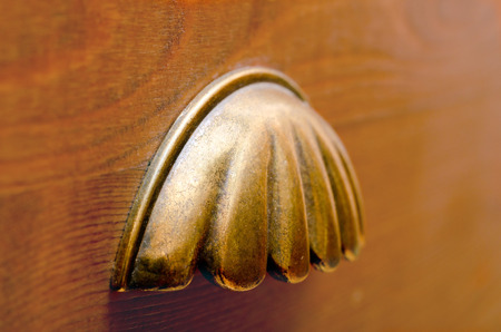 pull: Old drawer pull clamshell