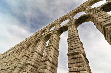 aqueduct: Aqueduct of Segovia, Spain