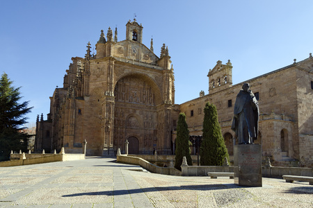 vitoria: Statue jurist Francisco de Vitoria near the Convent of San Esteban, of the Dominican friars, is of 16th century. The facade is a jewel of the Salamanca Ranaissance. Stock Photo