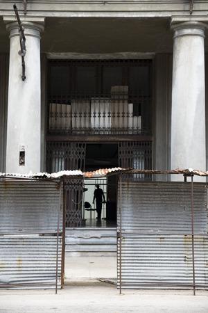rebuild: Reconstruction of a building in Havana, Cuba