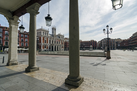 plaza: The Plaza Mayor and the city hall of Valladolid, Spain