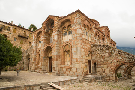 revere: DISTOMO, GREECE - OCTOBER 30, 2015: Hosios Loukas monastery is one of the most important monuments of Middle Byzantine architecture and an UNESCO World Heritage Site,