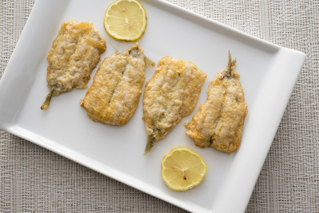 battered: fritters of battered anchovies with lemon