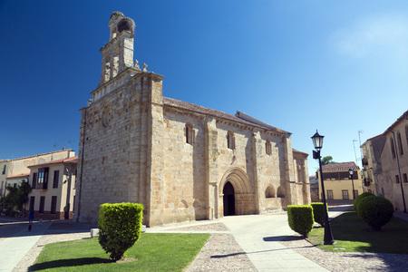 san isidro: Church of  El Carmen de San Isidoro, Zamora, Spain. Polarizing filter