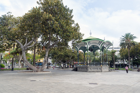 las palmas: LAS PALMAS, GRAN CANARIA, SPAIN - JULY 30, 2016: San Telmo Park, in the historic center of the city of Las Palmas,