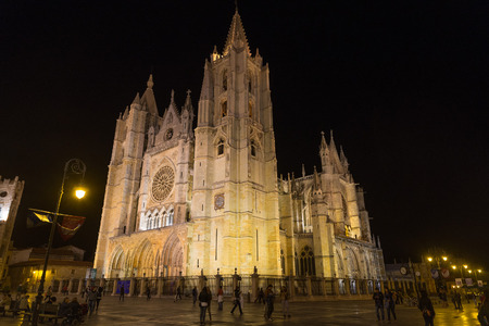 salamanca: night view of the gothic cathedral of Leon Editorial